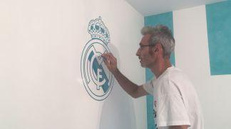Instalando Vinilos Real Madrid (1)