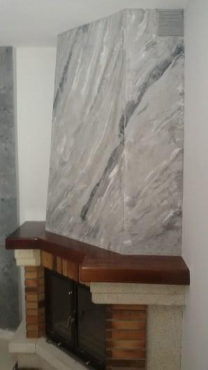estuco marmoleado a 3 colores en chimenea con cera alex (1)