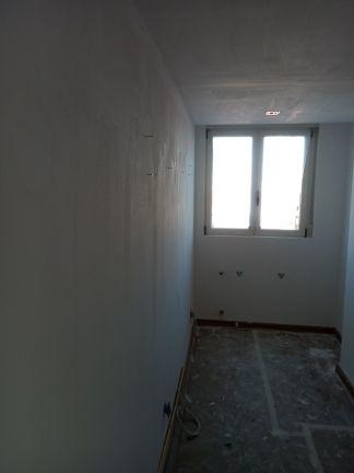 Aplicado 2ª Mano de Aguaplast Macyplast en techos y paredes (9)
