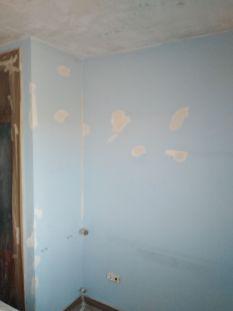 Habitacion 1 Replastecido de tacos y golpes (3)