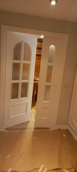 Lacado de puertas blanco y plastico liso gris con veloglas (1)