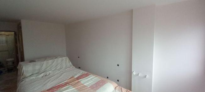 2 mano de plastico sideral s-500 en paredes (13)