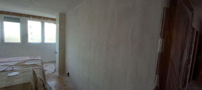 2 tendida de Macyplast en paredes dormitorio (1)