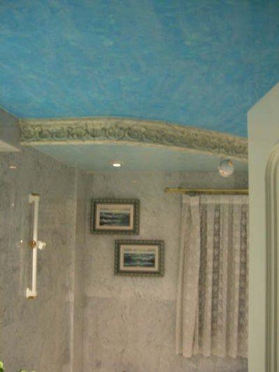 estuco-veneciano-color-azul-bano-1