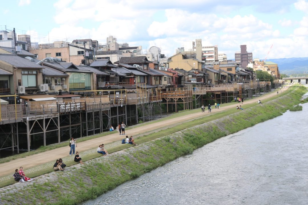 the-kamo-river-in-kyoto