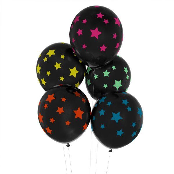 globos negros con estrellas de colores