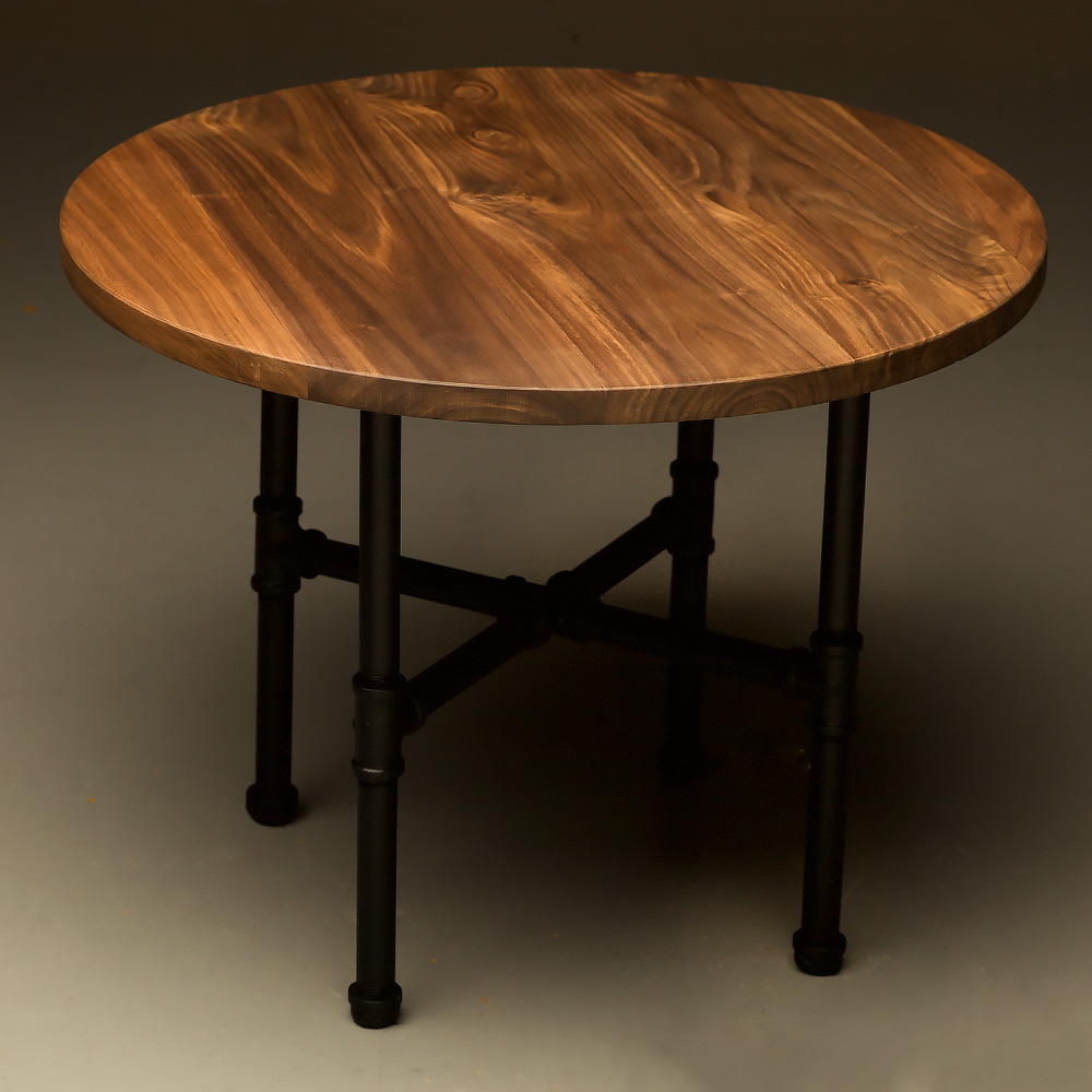 Small Round Coffee Table.Industrial Plumbing Pipe Small Round Coffee Table