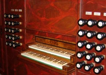 Erfurt organ console, photo by Johannes Janeck