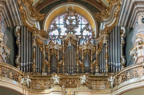 "Bressanone organ, photo by ""Uoaei1"""