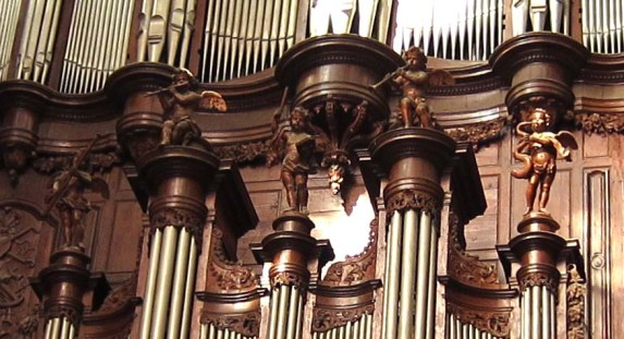 "Narbonne organ detail, photo by ""Ortrun-L-S"""