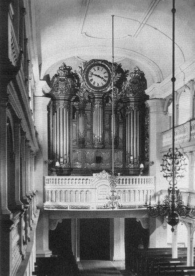 "Garnisonskirche organ, photo from ""I. Starup & Son, 1858-1983"""