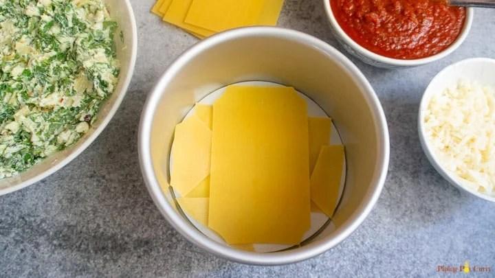 Spinach Artichoke Lasagna - Instant Pot 1.Layer pasta