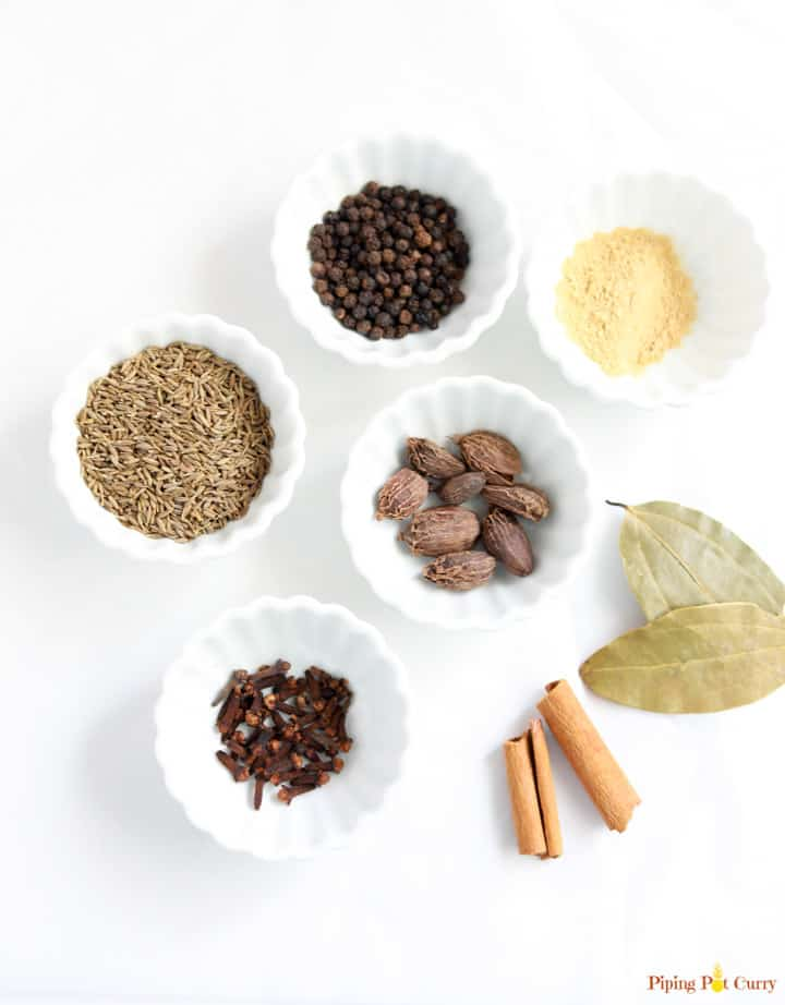 Ingredients to make Garam Masala spice blend