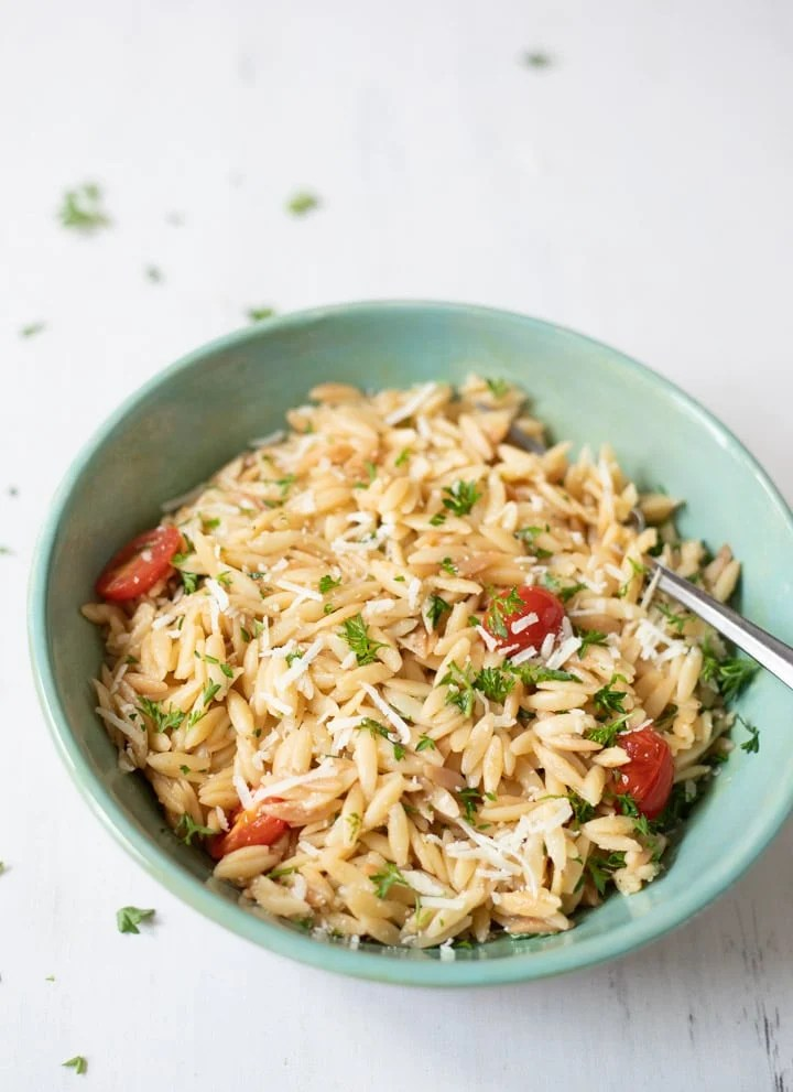 Instant Pot Lemon Garlic Orzo with Parmesan and Tomatoes