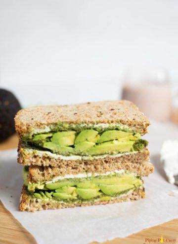 Sandwich with avocado, chutney and cream cheese