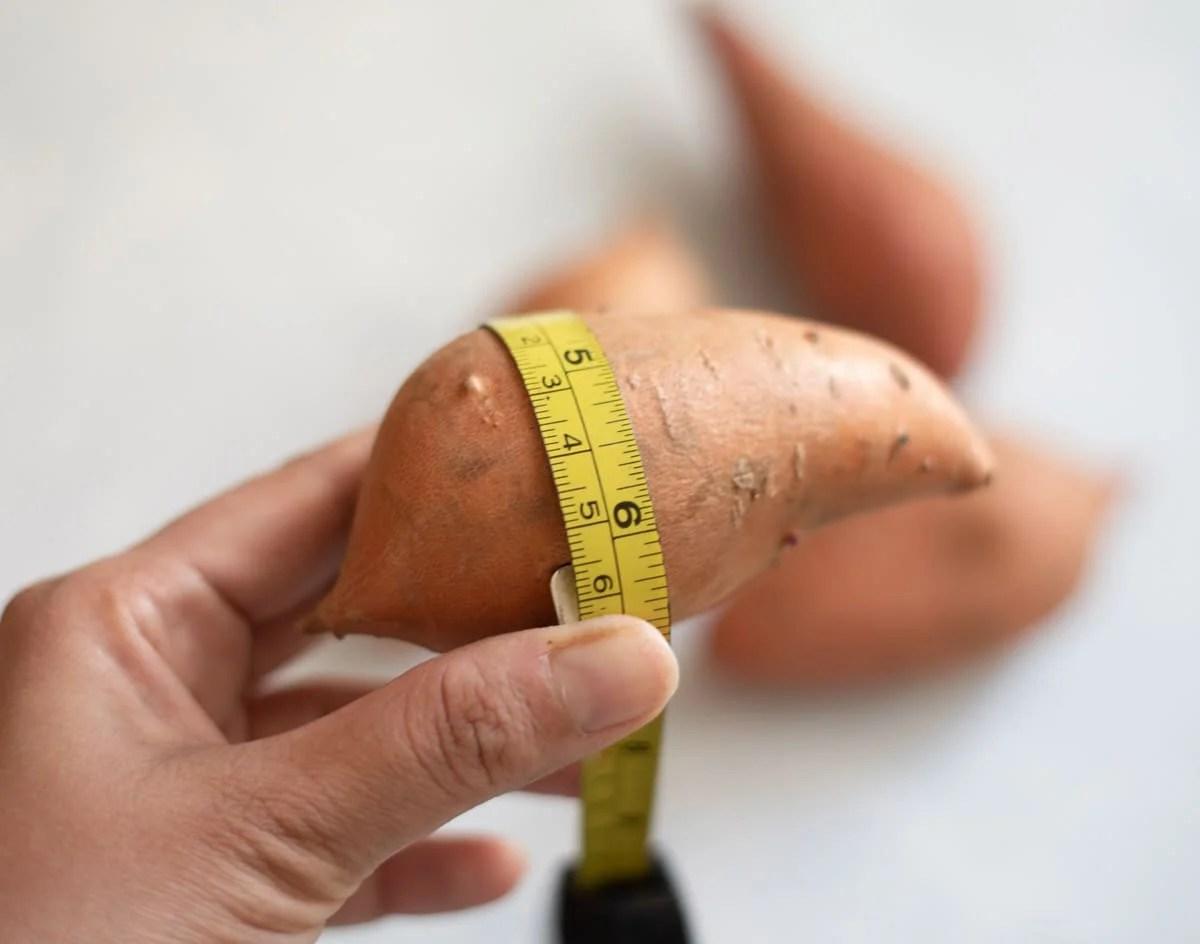Measuring size of sweet potato