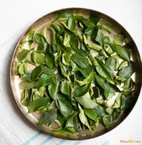 curry leaves spread to air dry