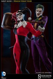 sideshow-collectibles-premium-format-harley-quinn-06