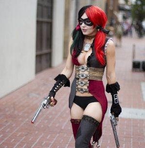 jessica-nigri_arlequina-harley-quinn_cosplay
