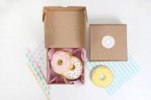 decoracion fiesta infantil descargables papeleria donut tematica color pastel invitacion regalos