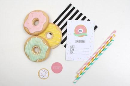 decoracion fiesta infantil descargables papeleria donut tematica color pastel invitacion