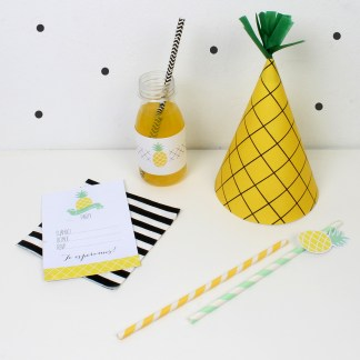decoracion fiesta tematica infantil descargables papeleria pineapple pipolart lamina party pipolart invitacion gorrito etiqueta botella