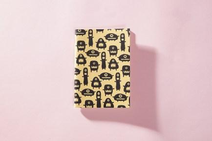 serigrafia-una-tienda-estuches-libretas-neceser-algodon-a-mano-papel-reciclado-estampado-pipolart-pipol-art-marcianos-marcianitos-libreta-a6