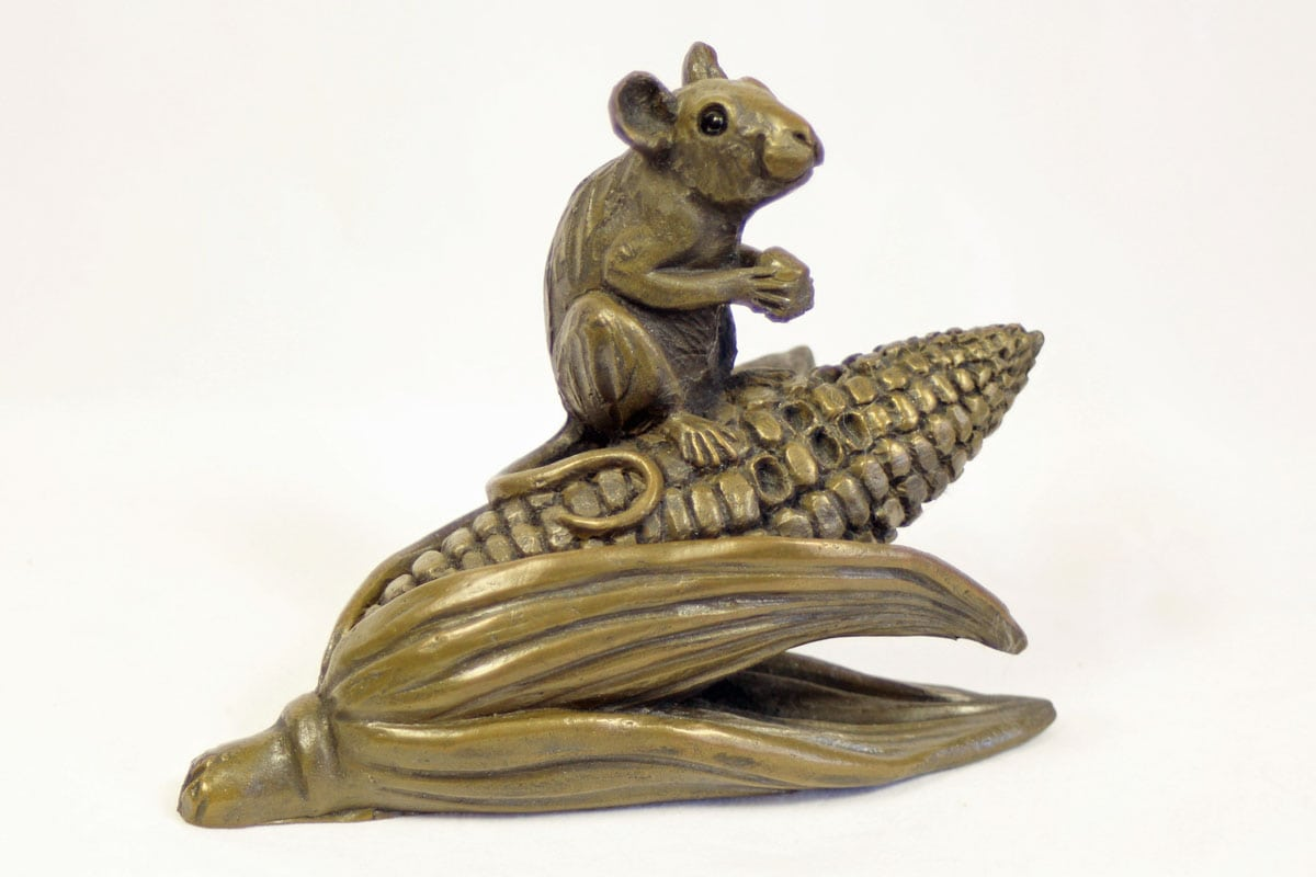bronze resin Mouse on corn