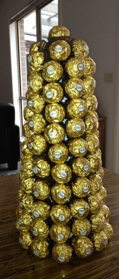 114 Ferrero Rochers