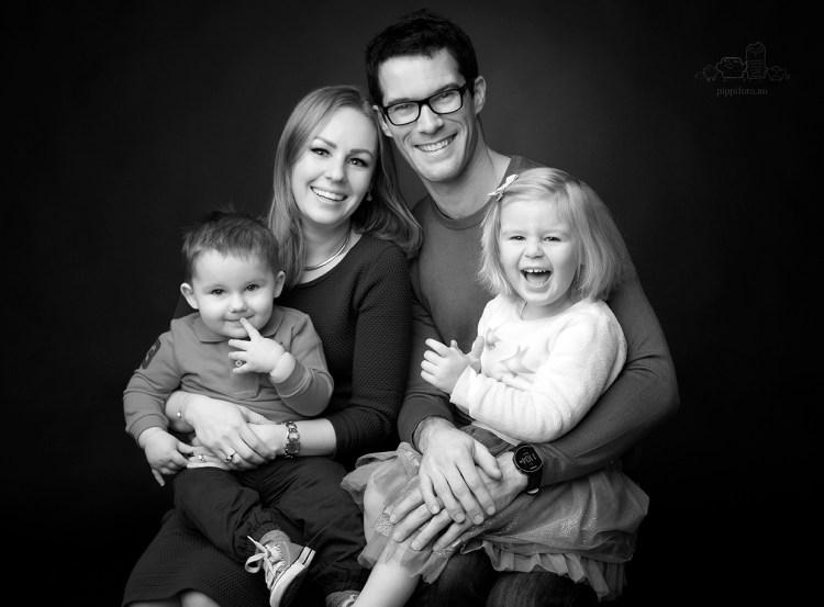 familiebilder-familiefotografering-studiofotografering