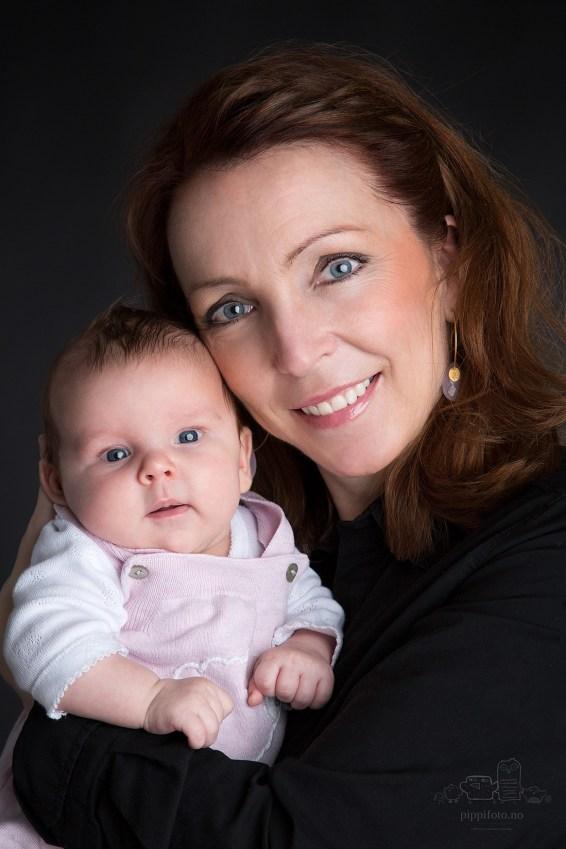 babyfoto-barnebilder-babyfotografering-familiebilder