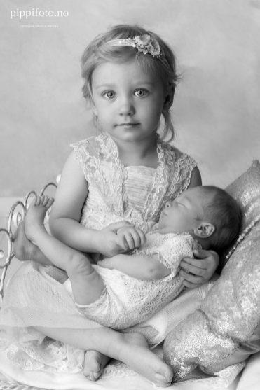 søskenbilder med nyfødt