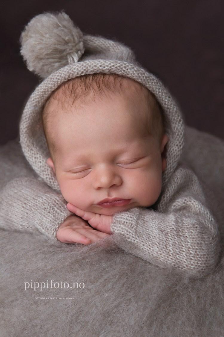 nyfødtfotografering-familiefotografering-med-nyfødt-nyfødtfotograf-follo-gravid-termindato