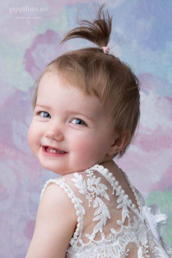 ettårs-fotografering-barnefotografering