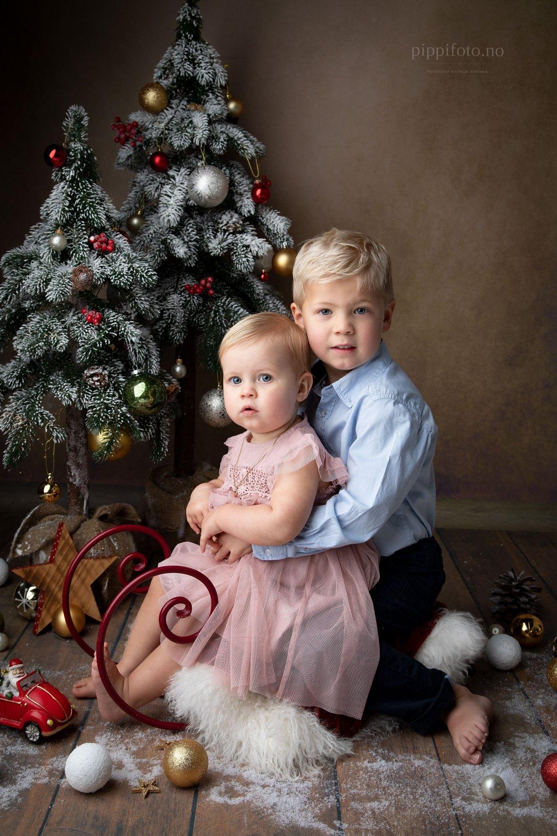 Julekort-foto-julekortfotograferong-barnfotografering-søskenfotografering-Oslo