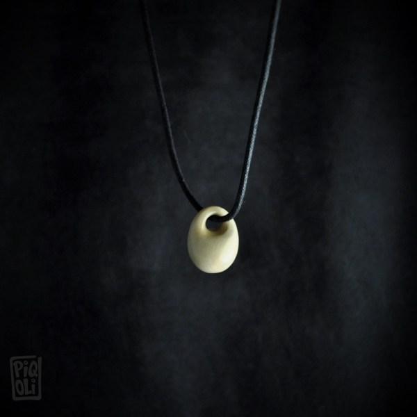 perle panier bijou de la prehistoire basket bead jewel from prehistory