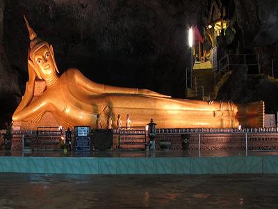 reclinging-budda-temple