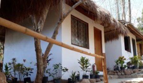 bungalow accommodation at Pirates Coron