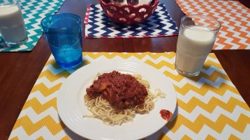 Mom's home-made spaghetti was the best <3