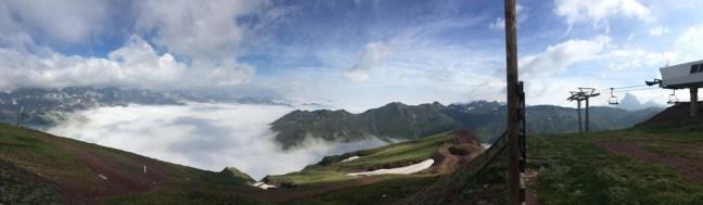 Mar de nubes en Astun