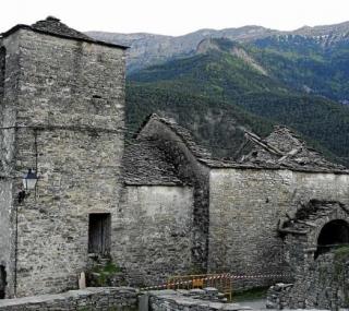 iglesia de lardies derrumbada - FOTO: Heraldo.es