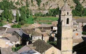 Labuerda. Torre de la Iglesia