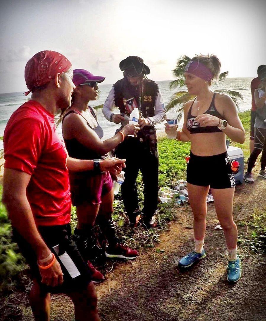 Participants a mitad de ultramaratón