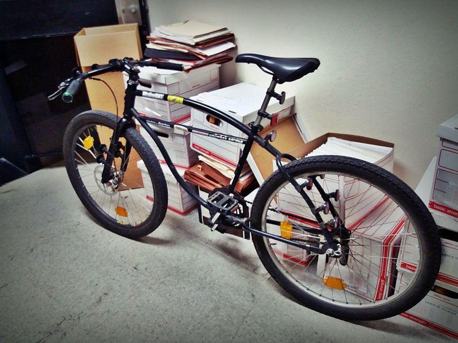 """El """"spot""""para guardar la bike en el trabajo."""