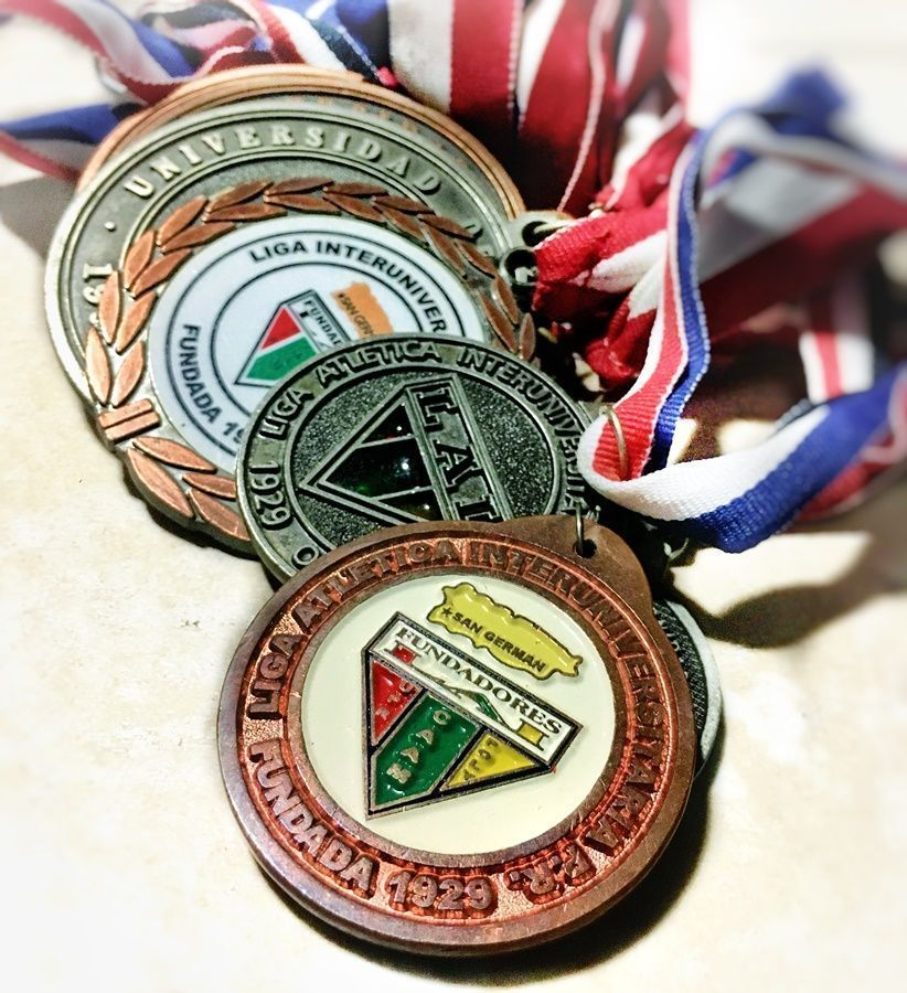 medallas universitarias LAI UPR