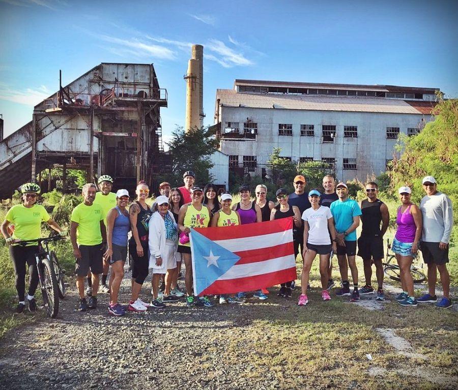 Grupo del recorrido en Aguirre, Salinas.