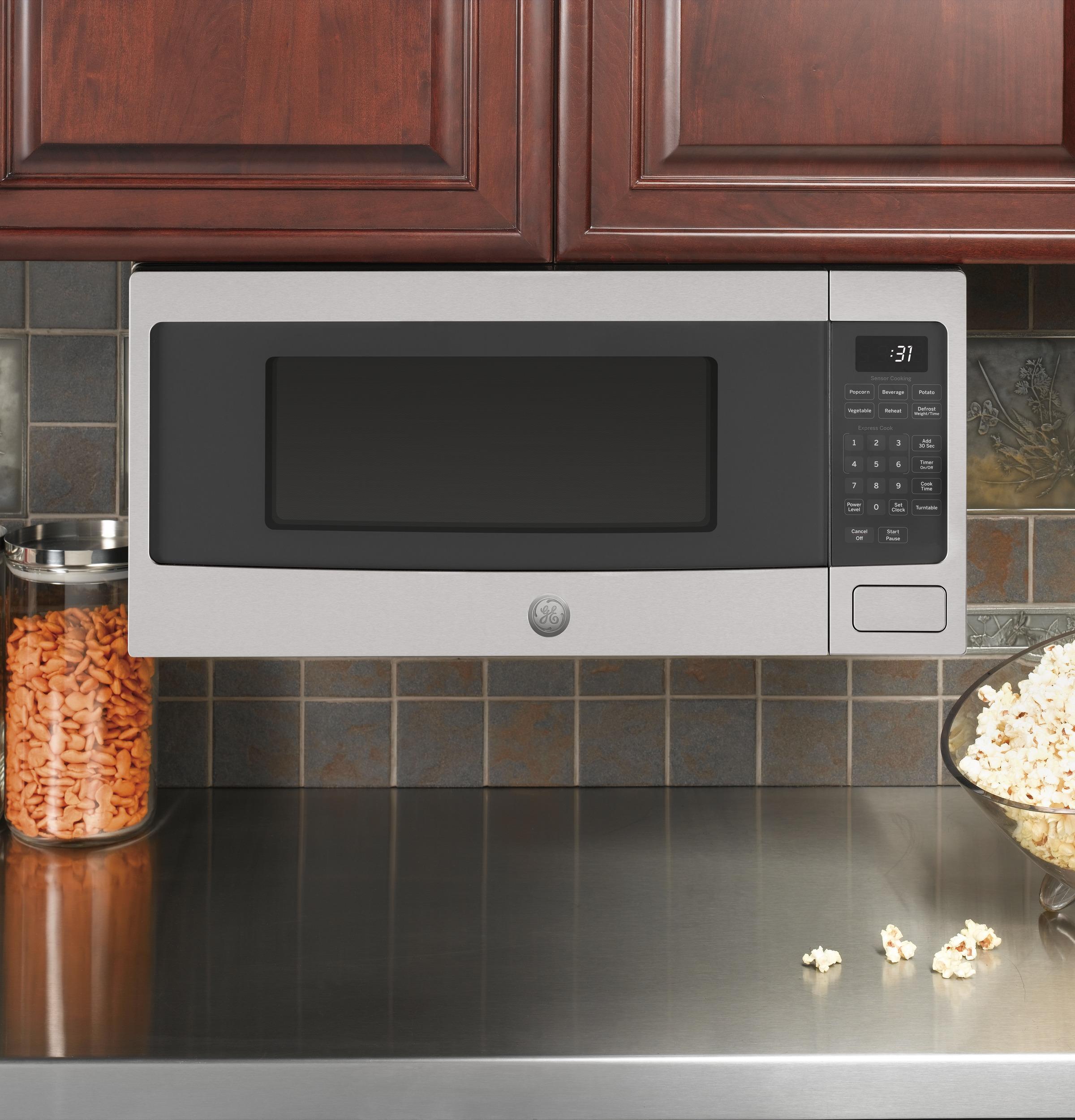 https www bestbuy com site ge profile series 1 1 cu ft mid size microwave stainless steel 2557267 p skuid 2557267