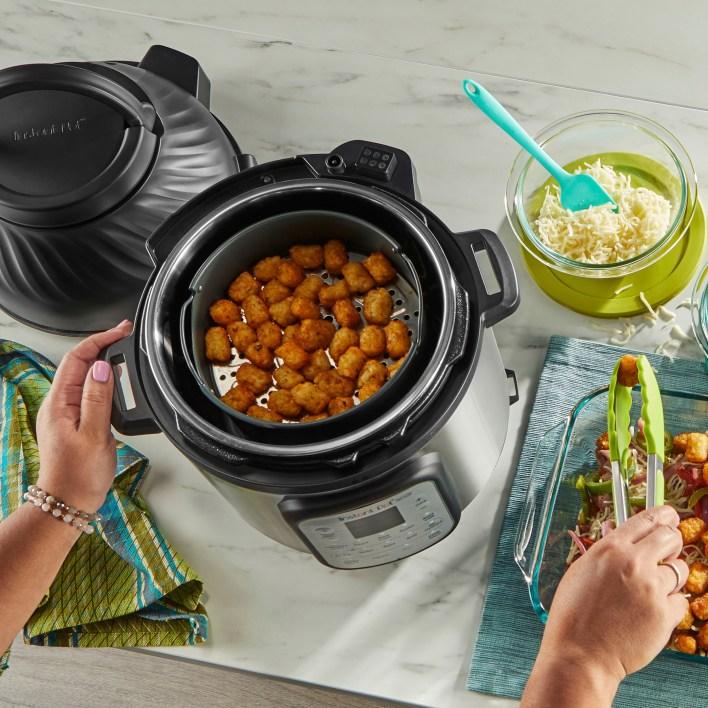 Create healthier versions of all your family's favorite fried foods. Instant Pot Vortex Plus 10 Quart Air Fryer Oven - Black.