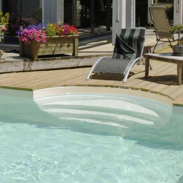 Escalier roman sous liner pour piscine