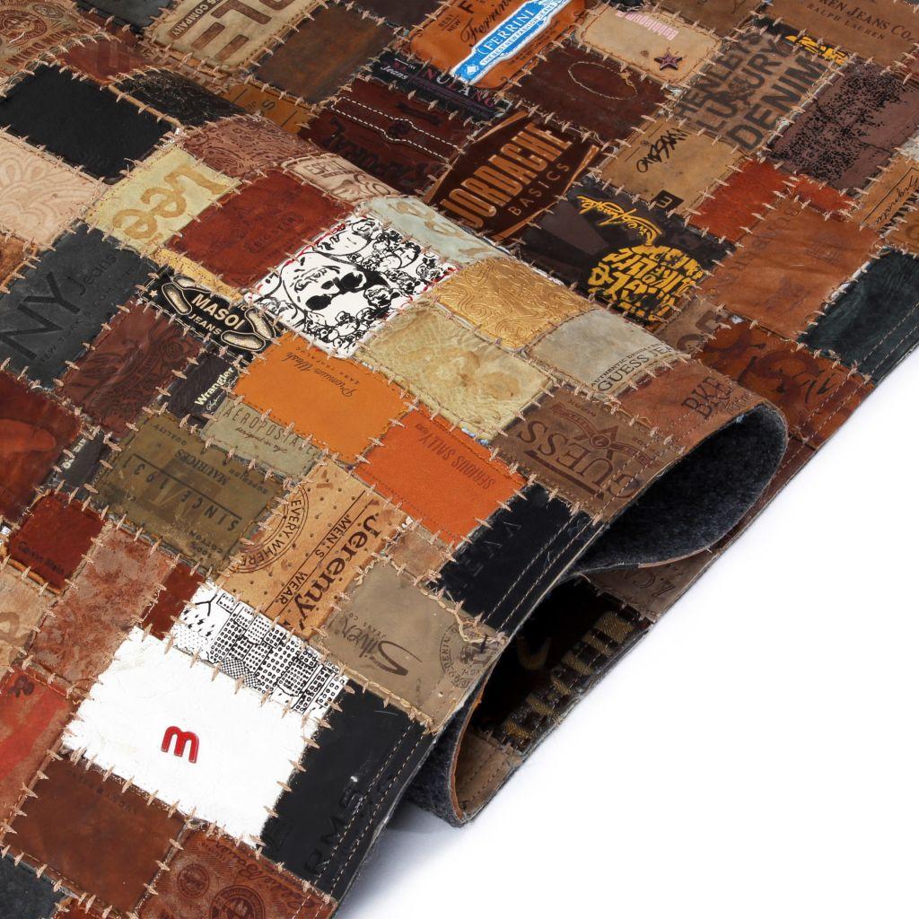 Covor Piele naturală Colaj etichete jeans 120×170 cm Maro